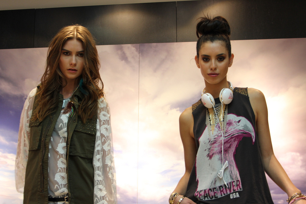 GUESS Rocks The Retro At Their Festival Collection Launch Party