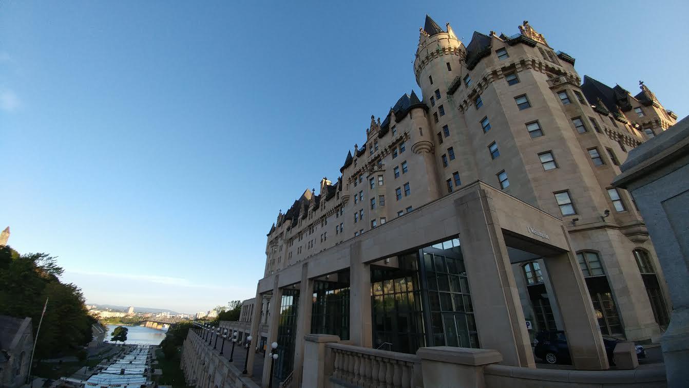 2017-lxry-ottawa-fairmont-chateau-laurier