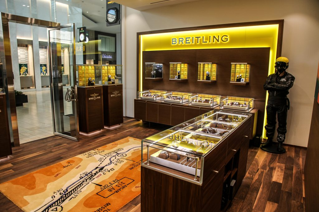 Breitling opened its doors in yorkdale to eager watch enthusiasts ccuart Images